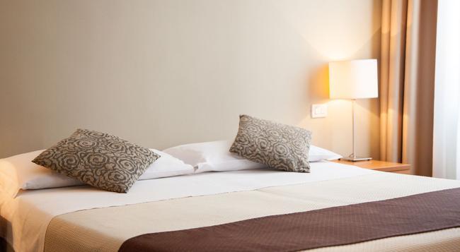 ホテル ヌーヴォ ノルド - ジェノヴァ - 寝室