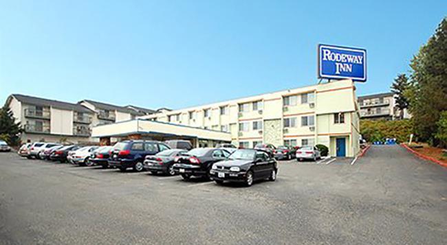 Rodeway Inn - シータック - 建物