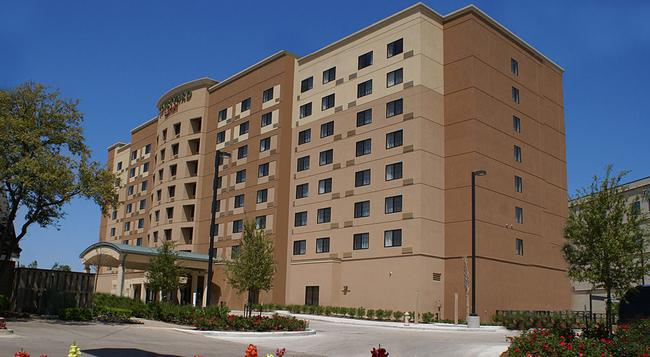 Courtyard by Marriott Houston Medical Center - ヒューストン - 建物