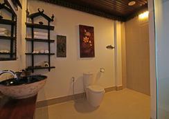 ハヌマンアラヤ ヴィラ - シェムリアップ - 浴室