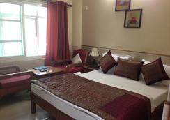Hotel Ekant - Faridabad - 寝室