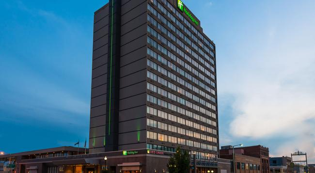 Holiday Inn Lincoln-Downtown - Lincoln - 建物