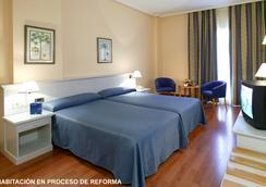 ホテル モンテ プエルタティエラ - カディス - 寝室
