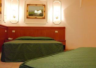 ホテル フィリア