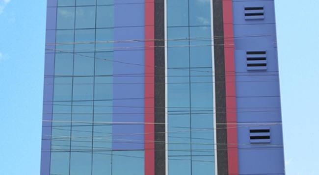 Hotel Slv Grand - Tirupati - 建物