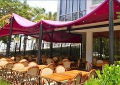 B オーシャン リゾート - フォート・ローダーデール - レストラン