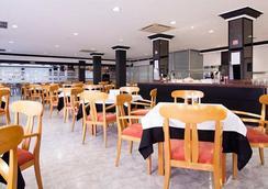ホテル エル プエルト - イビサ - レストラン