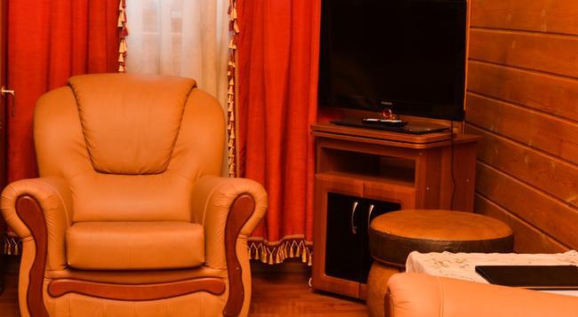 Shanson Hotel - Tomsk - 寝室