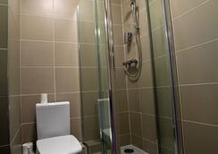 West County Hotel - ダブリン - 浴室