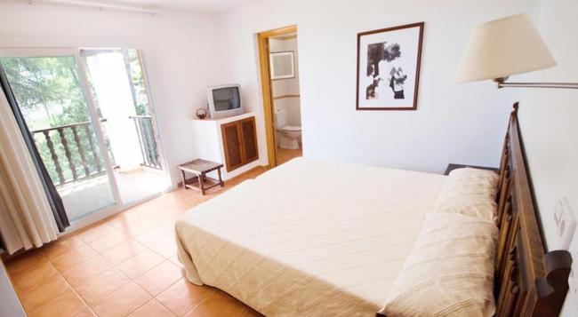 Hotel Club Can Jordi - Santa Eularia des Riu - 寝室