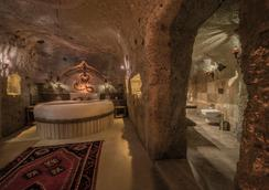Kapadokya Hill Hotel & Spa - ネヴシェヒル - 寝室