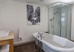 ボスヴィル ホテル - ポートリー - 浴室