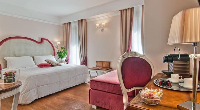 インフィニティ ホテル - ローマ - 寝室