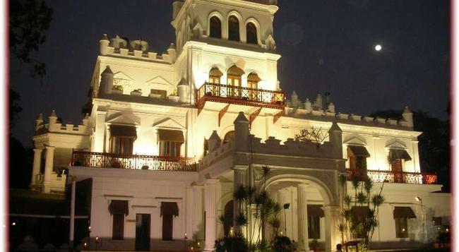 Jayamahal Palace Hotel - バンガロール - 建物