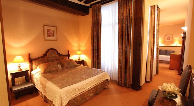 ホテル ド ラ ブルトヌリ - パリ - 寝室