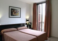 ホテル ミディアム モネガル - バルセロナ - 寝室