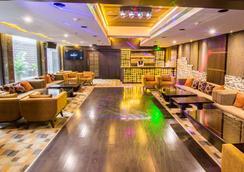 Hotel Centre Point - Nagpur - ラウンジ