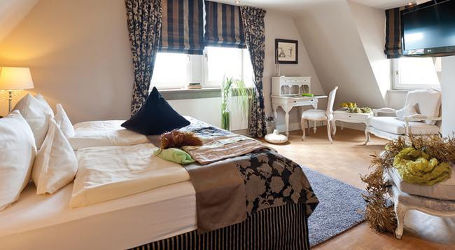 シュロスホテル シュタインブルク - ヴュルツブルク - 寝室