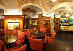 スイス ホテル - リヴィウ - レストラン