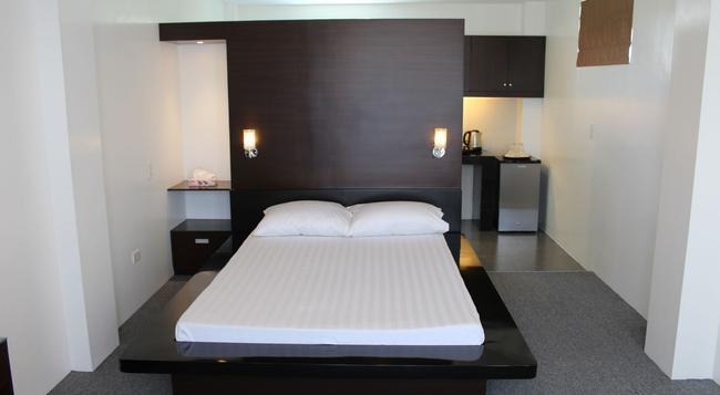 ビーイング スイーツ - ダバオ - 寝室