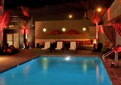 ホテル アンジェリーノ - ア ジョワ ド ヴィーヴル ブティック ホテル - ロサンゼルス - プール