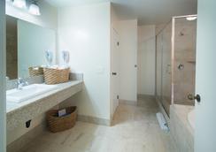 オーシャン パーク イン - サンディエゴ - 浴室