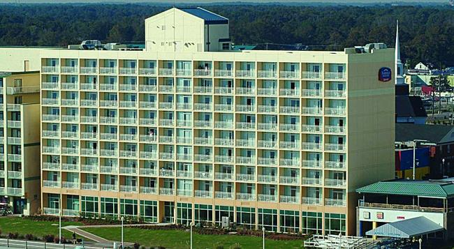 Fairfield Inn and Suites by Marriott Virginia Beach Oceanfront - バージニア・ビーチ - 建物