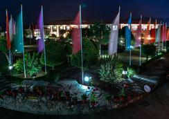 ホテル ポカラ グランデ - ポカラ - 屋外の景色