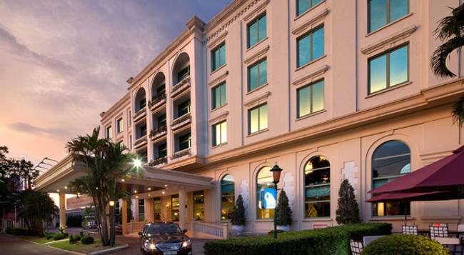 アヴァニ ハイフォン ハーバー ビュー ホテル - Haiphong - 建物