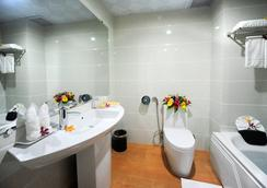 ミッドタウン ホテル フエ - フエ - 浴室