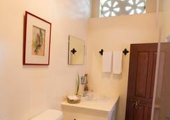 XVA アート ホテル - ドバイ - 浴室