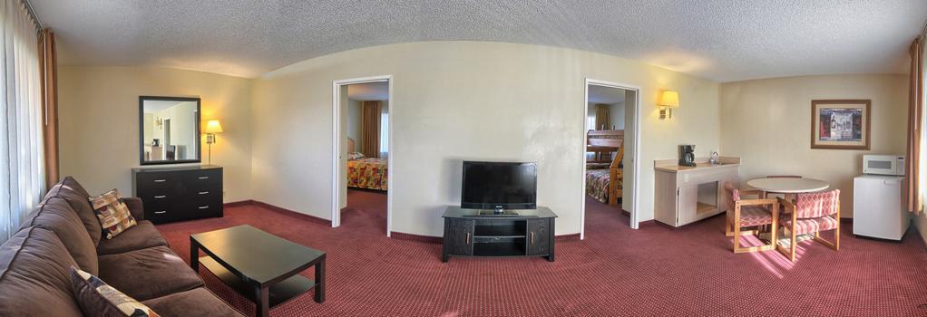 Relax Inn And Suites - El Cajon - 寝室