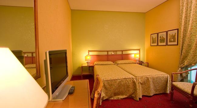 ホテル ローレンティーナ - ローマ - 寝室
