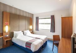 Travelodge Sheffield Meadowhall - シェフィールド - 寝室