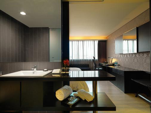 FX ホテル 台北 ナンジン イースト ロード ブランチ - 台北市 - 浴室