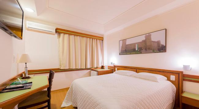 ベッラ イタリア ホテル & イベントス - フォス・ド・イグアス - 寝室