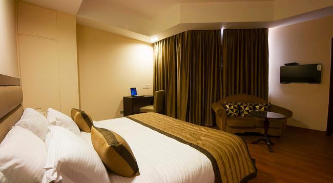 Hotel Aura, Igi Airport - ニューデリー - 寝室
