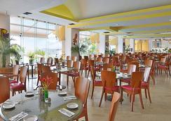 Copacabana Beach Hotel Acapulco - アカプルコ - レストラン