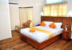 Varkala Beach Resort - Varkala - 寝室