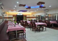Fabhotel Beach Park Resort - チェンナイ - レストラン