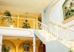 Hotel Posada del Sol Inn - Torreon - ロビー