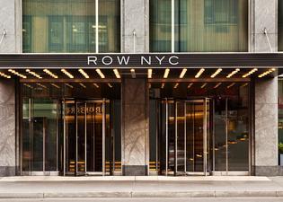 ロー NYC アット タイムズ スクエア