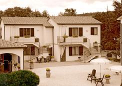 ホテル ラ フォンテ デル セロ - Saturnia - 屋外の景色