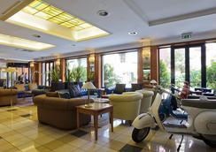 グランド ホテル ティベリオ - ローマ - ロビー