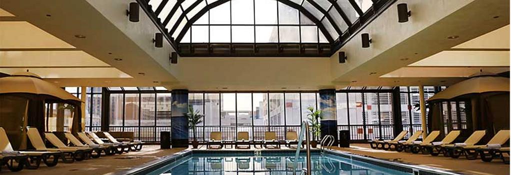 The Claridge A Radisson Hotel - アトランティック・シティ - プール