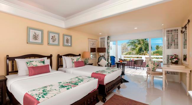 タボン パーム ビーチ リゾート プーケット - カロンビーチ - 寝室