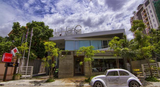 ル ブラン ブティック ホテル - Phnom Penh - 建物