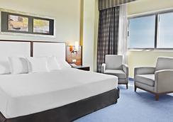 エルバ アルメリア ビジネス&コンベンション ホテル - アルメリア - 寝室