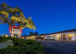 Sunset Lodge Escanaba - Escanaba - 屋外の景色