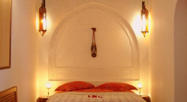 Riad Dar Alhambra - マラケシュ - 寝室